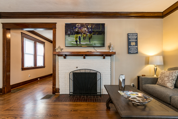 Remodeled Colonial-Walk to ND  & Eddy St
