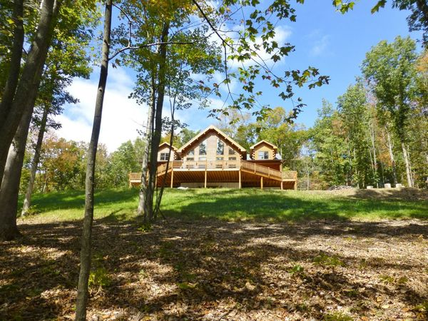 Luxury Mountain Lodge 45 min from PSU