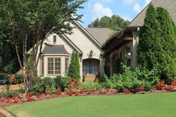 1/4 mile from TPC Southwind Golf Course