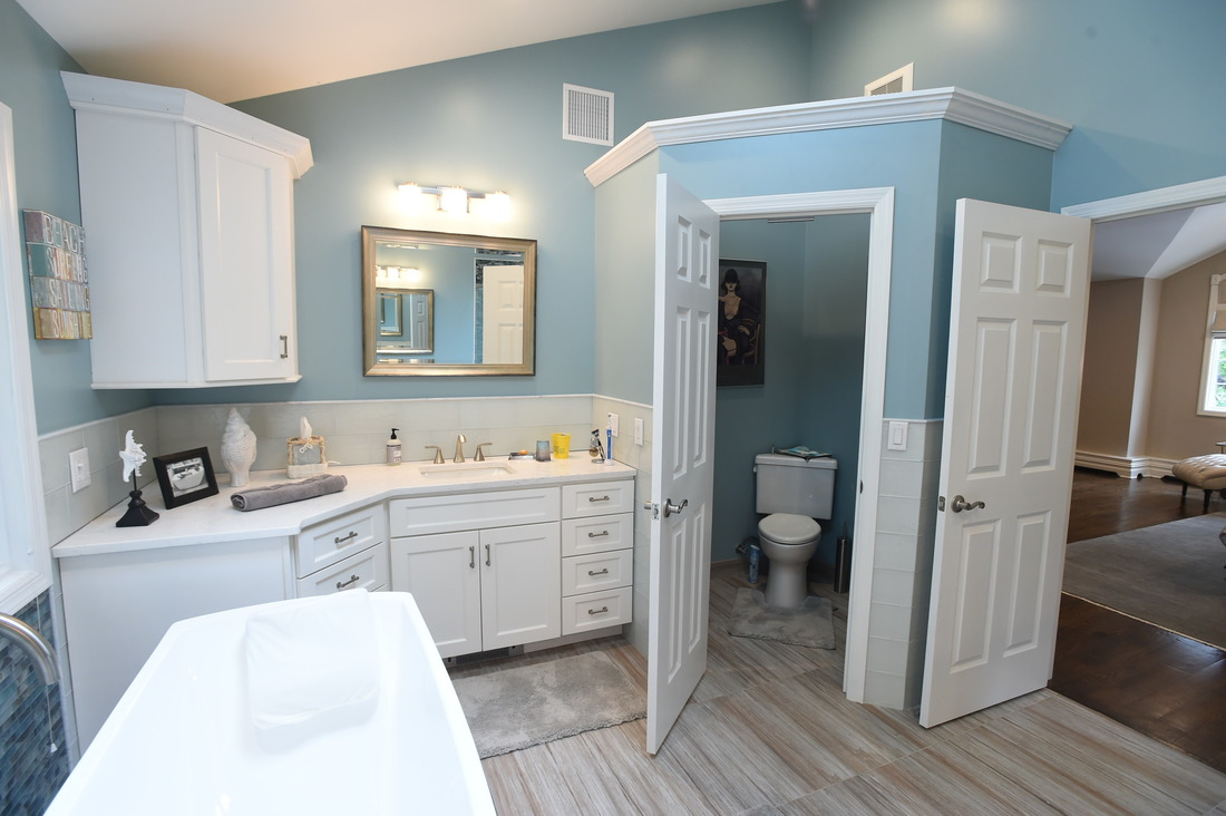 Awesome Closest Bathroom Ideas
