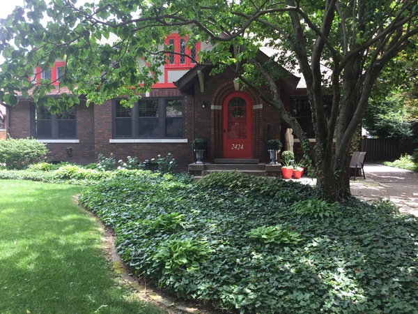 Adorable Brick Bungalow in Villa Park
