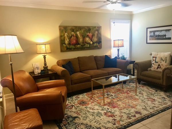 NEW RENTAL! CLOSE TO OLE MISS CAMPUS!