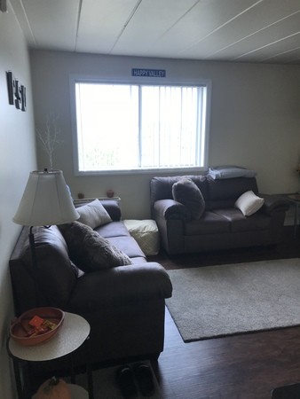 Large one-bedroom 2min walk to downtown