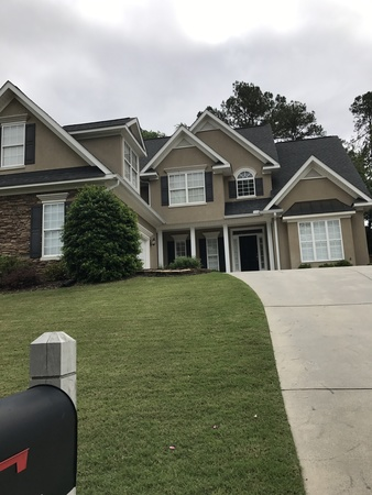 Family friendly home in a golf community