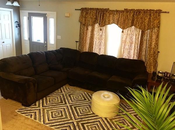 Clean & Cozy Home Near ND!