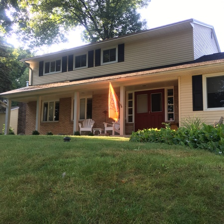 Great House & Yard Near Carrier Dome !