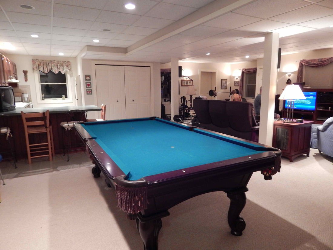 Rent Like A Champion   In-home Apt.; enjoy the game & nature!