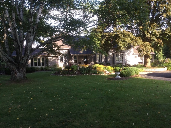 Large country estate with acreage, river