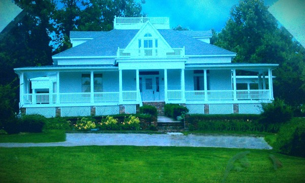large 1890's home, 5 minutes from campus