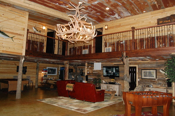 Family Friendly Lodge w/ Private Setting