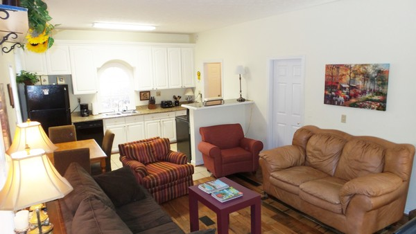 ATTENTION ALL TRAVELING WORKERS! 5BD/2BA