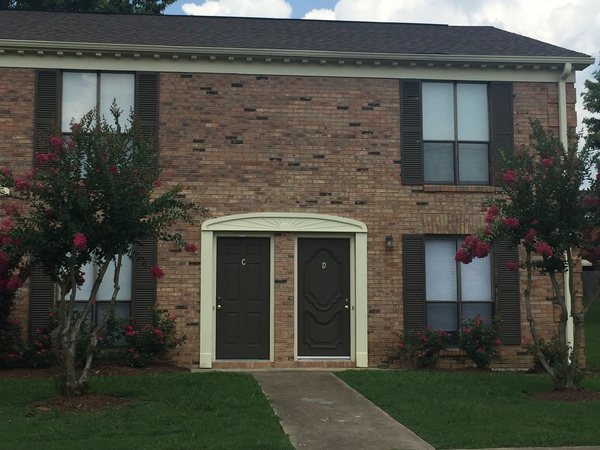 Quiet and Spacious 2 bedroom Townhouse