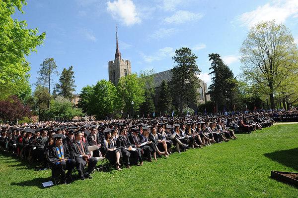 1432827629 grads chapel2