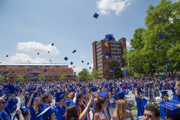 1435930654 undergrad commencement