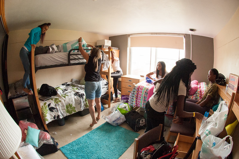1443813557 move in day 2015