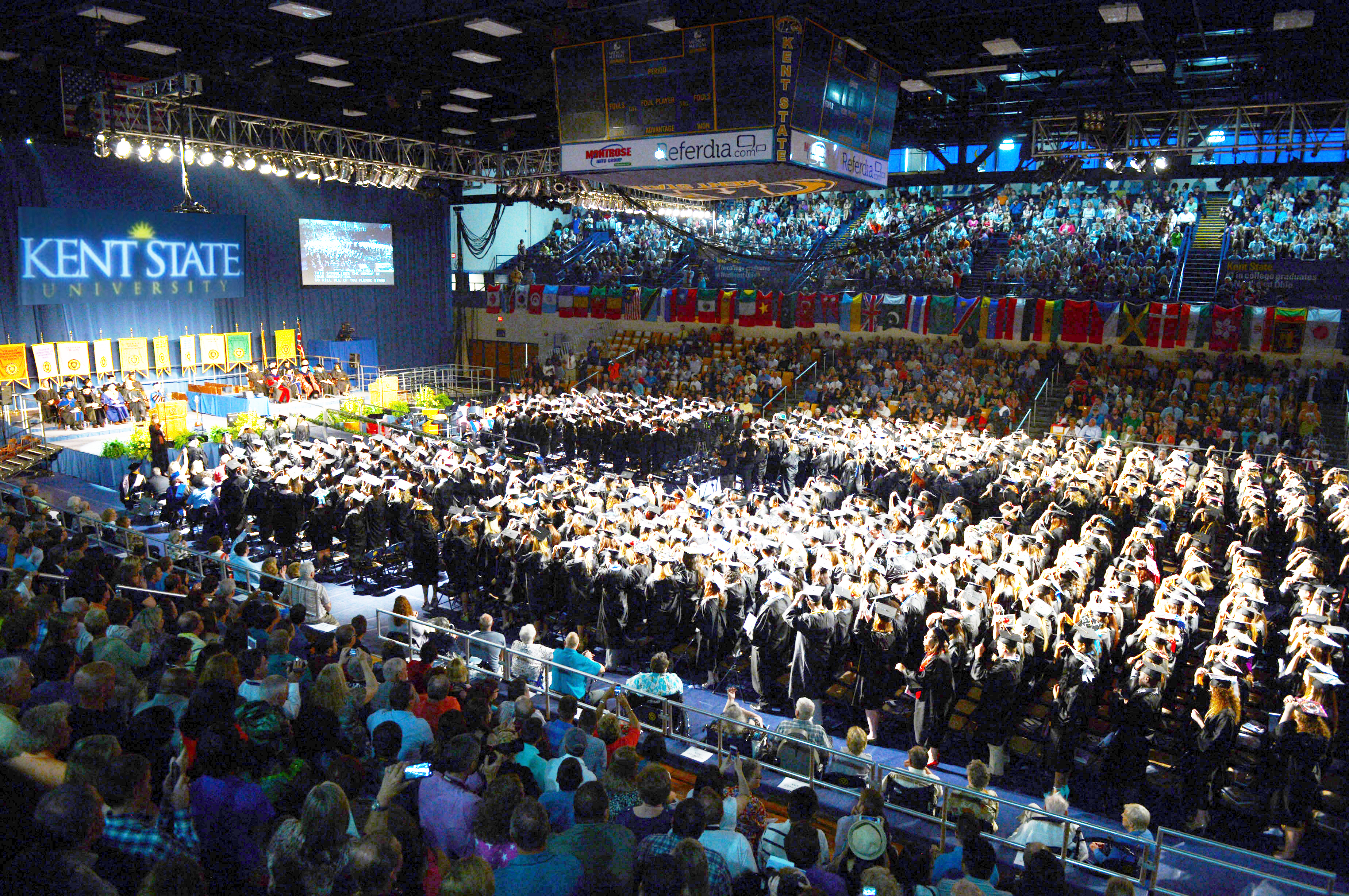 1445960772 2015 commencement pic