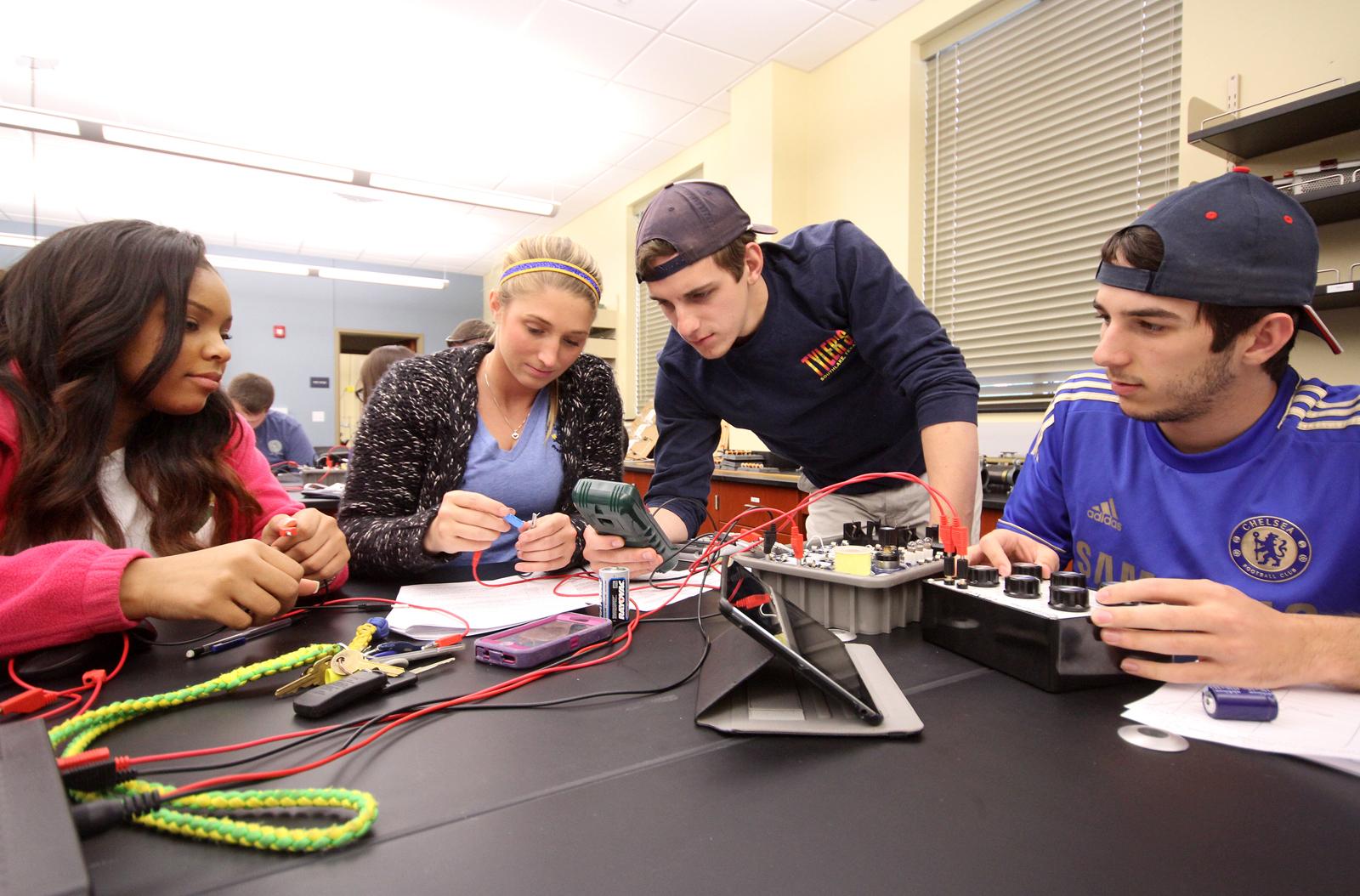 1452178000 sau enrollment   engineering 2