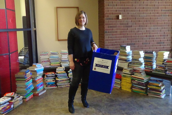 1467142007 ch 227 book drive 2016 amanda rawls with books