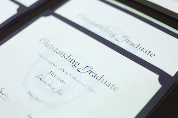 20170519 1 outstanding graduates 2 1024x683