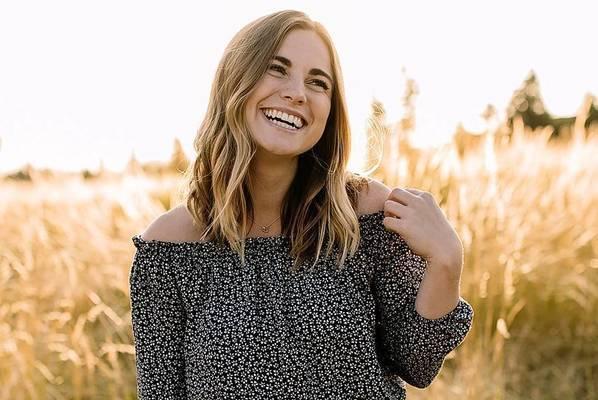 Chloe hendrickson