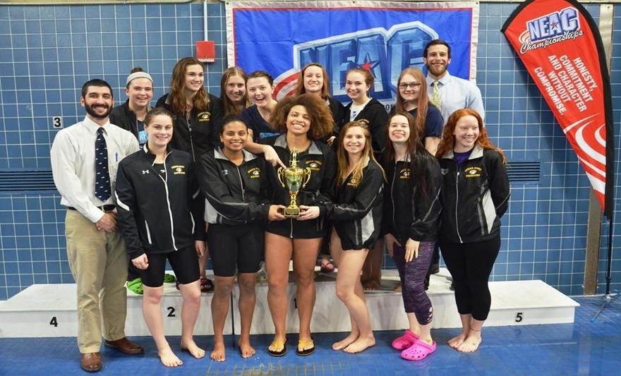 2017 18 swim and dive team