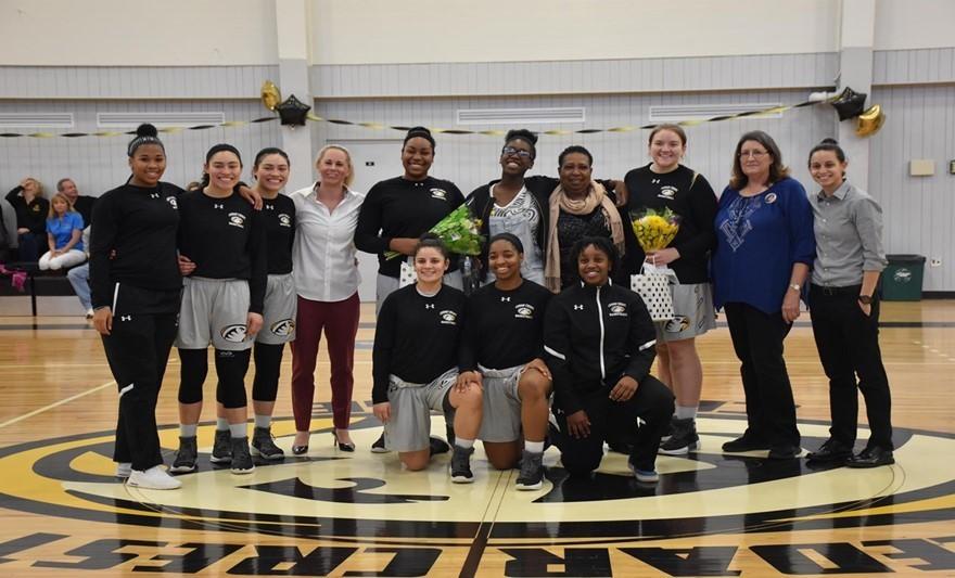 2017 18 basketball seniors