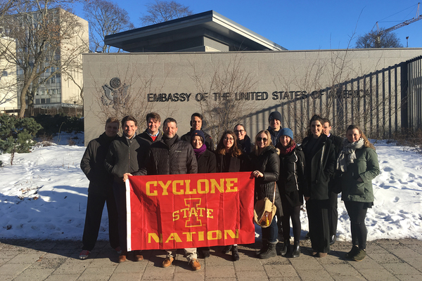 Isu at us embassy stockholm