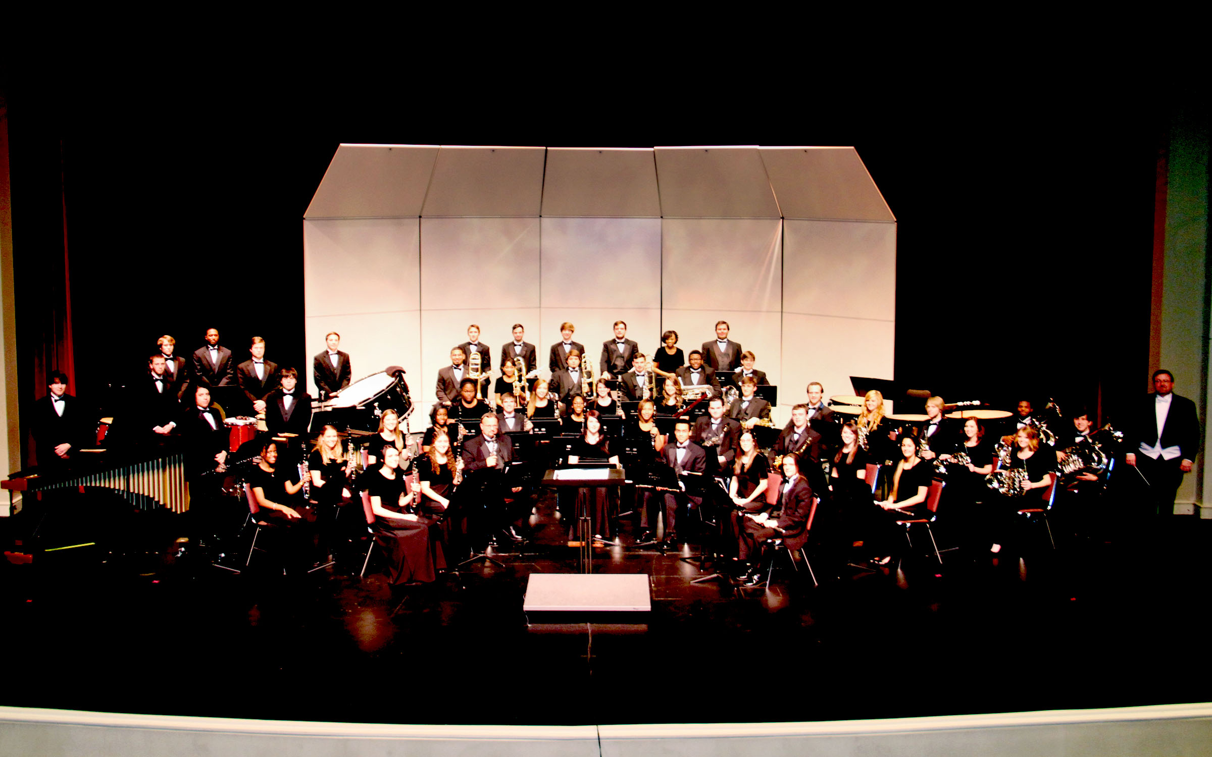1397665194 hinds cc wind ensemble 2466a