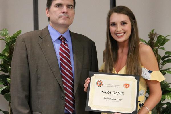 Sara davis   criminal justice student of the year