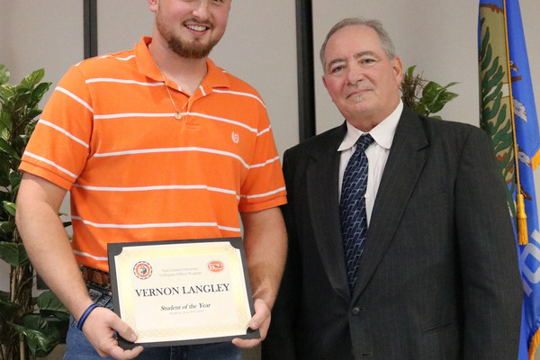 Vernon langley   cop student of the year