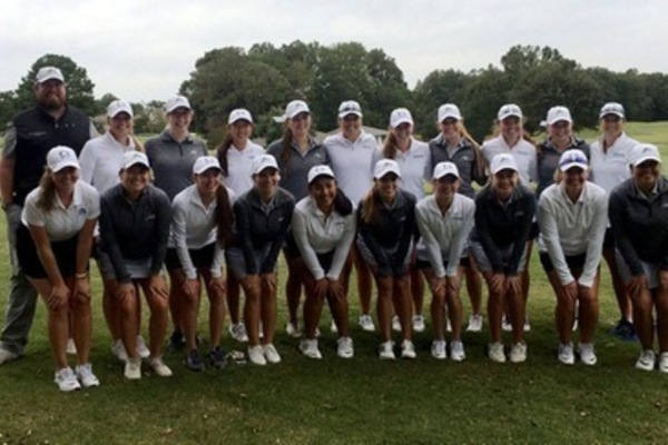 Womens golf team 2017 18 edit thumb1
