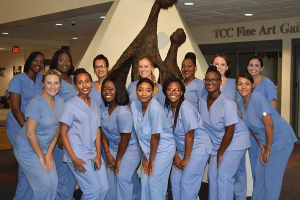 Dental assisting grads 2018