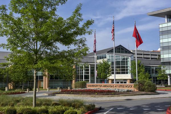 Rs3815 scenic campus facilities24 scr