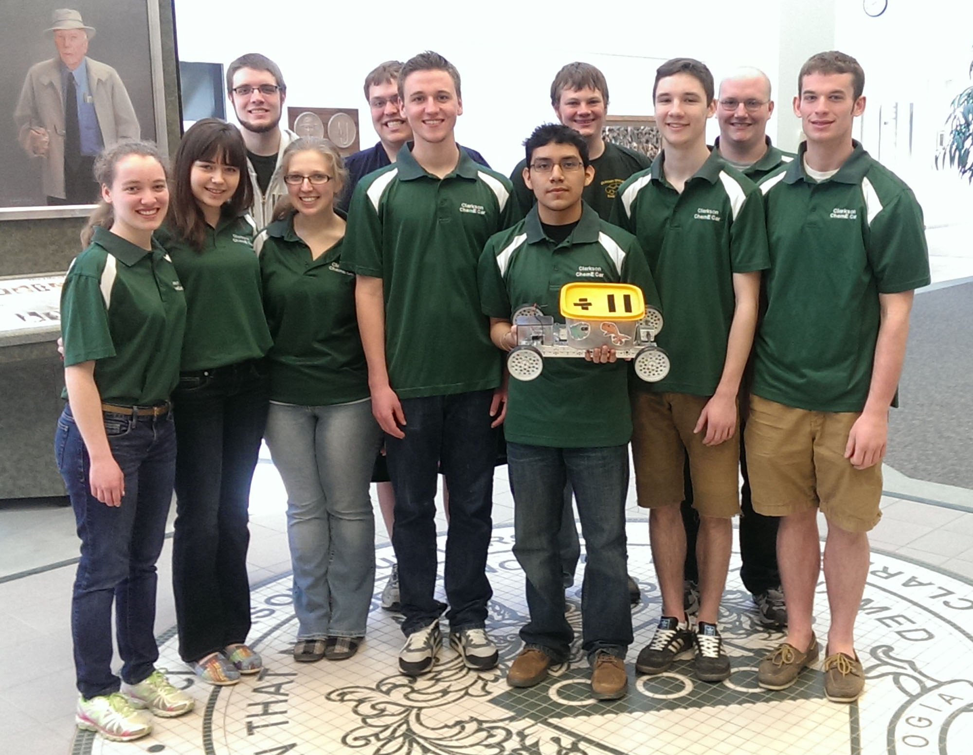 1400531093 clarkson chem e car team 2014