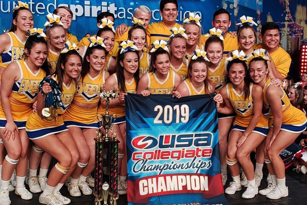 Cheer team natl champs 2019