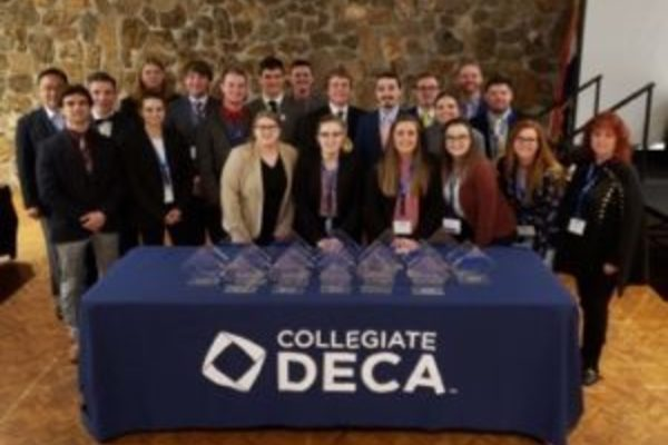 Deca2019state 300x207