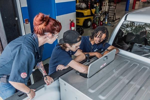 Automotive tech female diversity   2