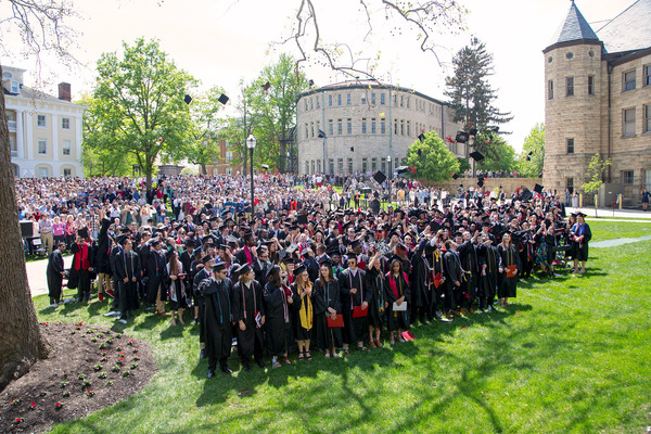 Ohio wesleyan 2019 commencement photo by paul vernon