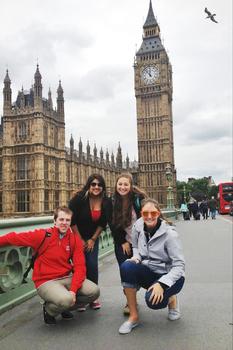 1412623094 study abroad3