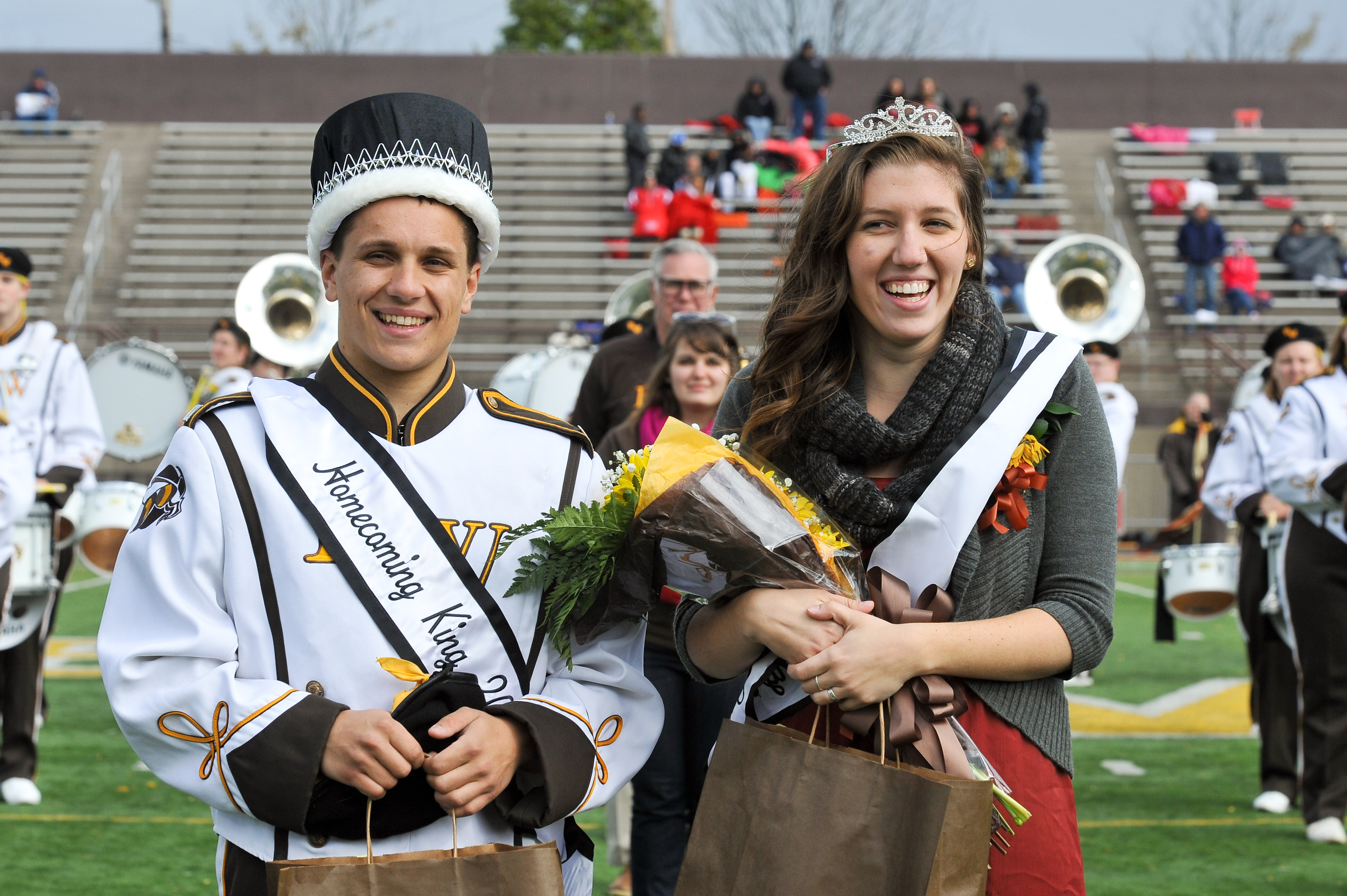 1413995387 homecoming king queen