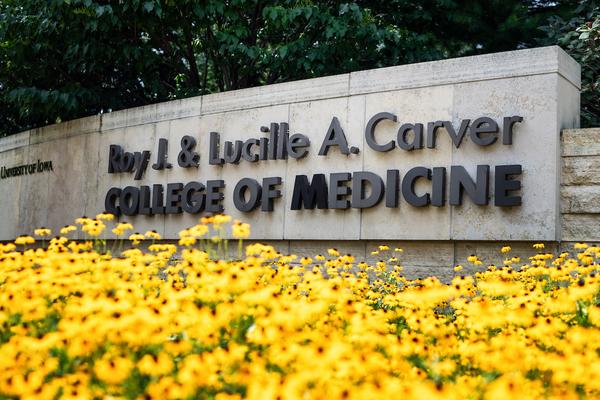 2018 08 03 carver college of medicine exteriors jatorner 0022 1