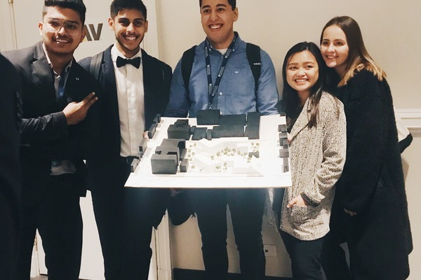 Isu nomas student competition group photo