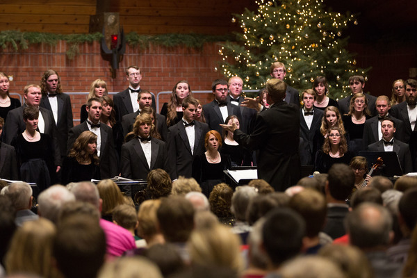 1418078919 christmas at concordia concert 5d3 8724 r2