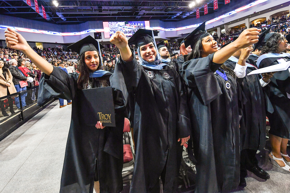 20191213 fall commencement 24