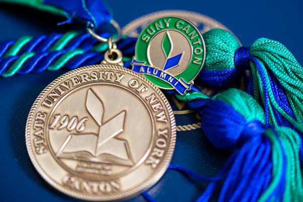 Grad medallion 2020 29 2