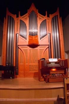 1425917559 recital hall