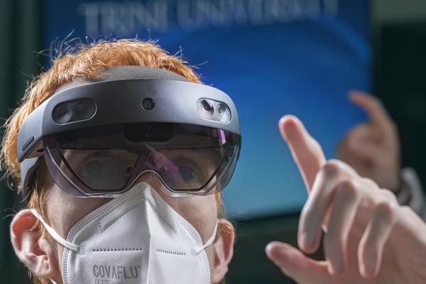 Virtual reality goggles 8343