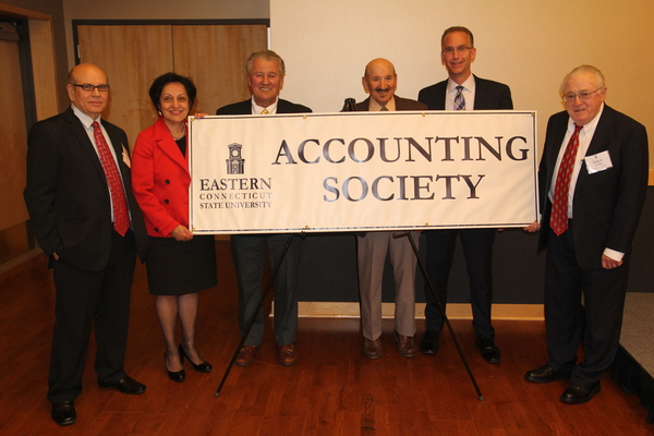 1430414311 president elsa nunez and presenters at the accounting awards banquet