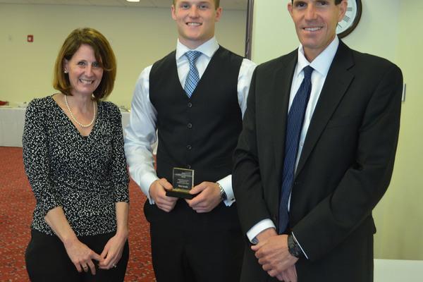 1430507902 troy ward abdow awards