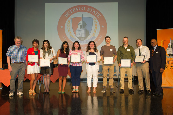 1431547817 students with certificates